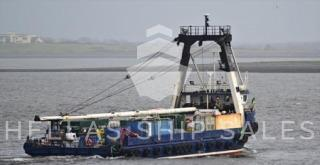 TWIN SCREW DECK CARGO COASTER – suitable for operation in coastal areas for deck cargo and container